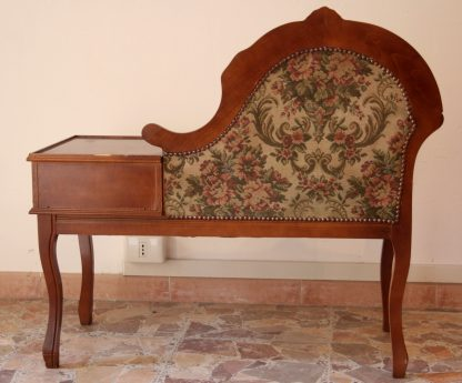 Small table armchair with puller